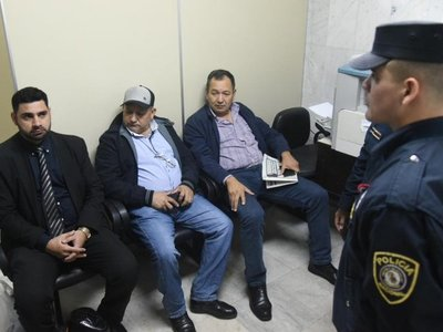 Juez dispone prisión preventiva para jefes policiales