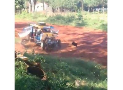 Niña murió tras ser atropellada en competencia de rally