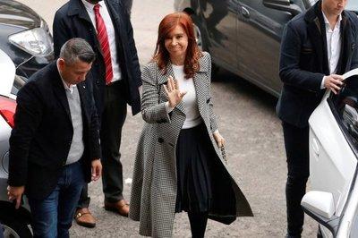 Cristina Fernández acude a segunda sesión de juicio