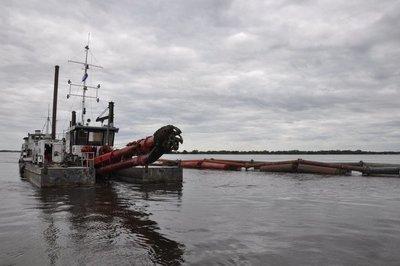 Draga de la ANNP inicia trabajo de refulado en puerto de Pilar