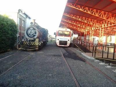 FEPASA anuncia a unas seis empresas precalificadas para Tren de Cercanía
