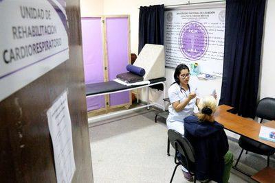 Clínicas: Terapia kinésica respiratoria a pacientes con enfermedades respiratorias
