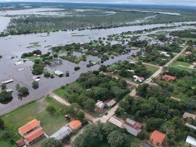 La mitad de Villa Oliva bajo agua y plan de evacuación toma fuerza