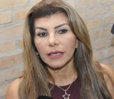 Perla Rodríguez, denunciada por lesión de confianza