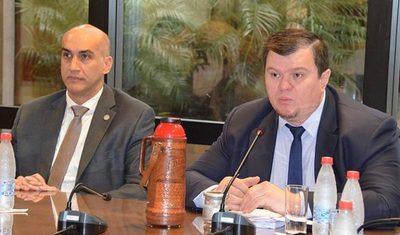 El senador Dionisio Amarilla presenta querella contra periodista de ABC