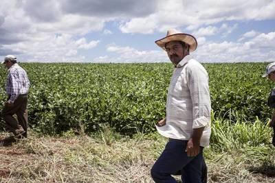 Firman acuerdo para preservar recursos naturales en colonias rurales