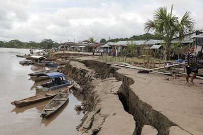 El Salvador toma precauciones tras sismo de 6,6