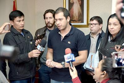 """Prieto dice que, según """"chismes"""", el presidente le va a boicotear"""