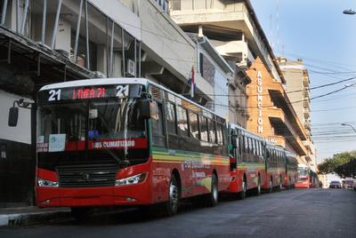 Reglamentan ampliar la protección de trabajadores del transporte