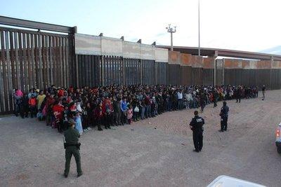 Trump castiga a México con aranceles a todos sus productos por la inmigración