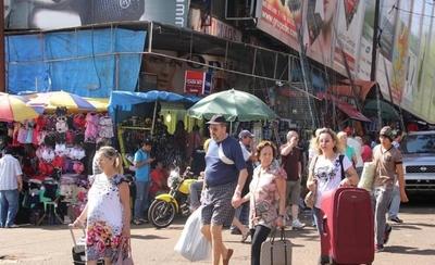 HOY / Ventas caen al 70 % en CDE y restricción reales da estocada letal al comercio fronterizo