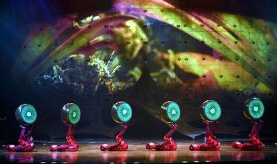 """Alfombra verde del Show """"OVO"""" del Cirque Du Soleil"""
