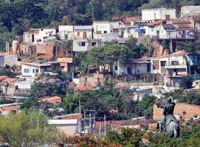 Núñez responde sobre proyecto de viviendas
