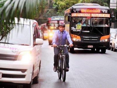 Gobierno proyecta construir a corto plazo 40 km de ciclovías en Asunción