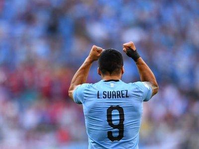 Luis Suárez continuará su recuperación con Uruguay