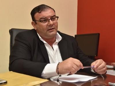 Nueva acción dilatoria de legislador procesado