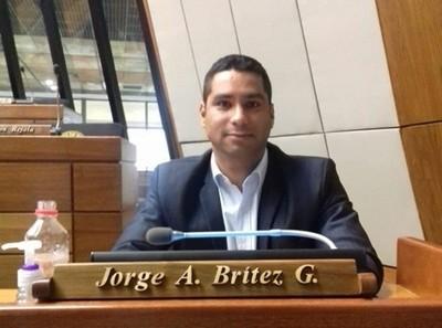 Sobre Quintana: 'siendo un colega diputado, denuncio la injusticia que está sufriendo'