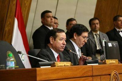 Se manifiestan contra Miguel Cuevas y a favor del fiscal
