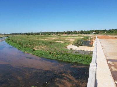 Obras para mejorar cauce del arroyo Itay quedaron concluido