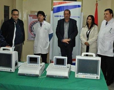 Gobernación entrega costosos equipamientos a Hospital Regional