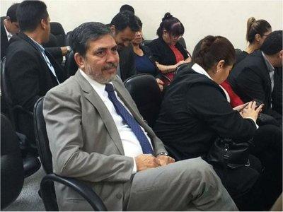 Defensa de ex contralor Óscar Velázquez apela condena de 4 años