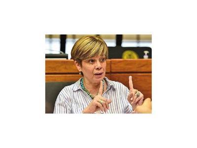 Desirée también lanza su candidatura para   la Cámara Alta