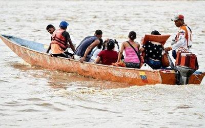 Drama de los venezolanos que huyen de grave crisis de su país no termina