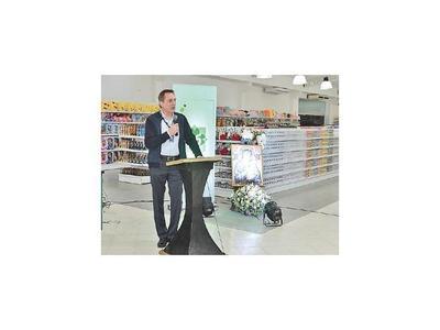 El Bazar de Superseis   es una nueva propuesta de compras