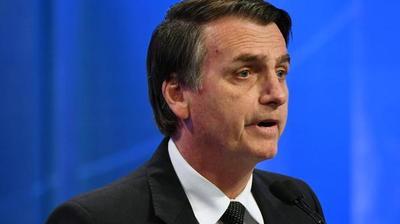 """Exministros cierran filas contra el """"sectarismo"""" de Bolsonaro en educación"""