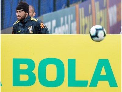 Ponen en duda participación de Neymar en Copa América