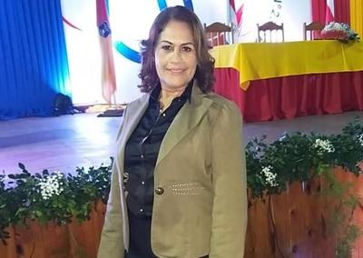 Intendente nombra nueva Coordinadora de Escuelas Municipales
