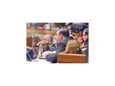 Jueza ratifica la imputación al diputado Tomás Rivas