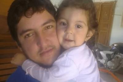 Hasta sus amigos se alejaron: amargo relato del padre de Mia Fiorella