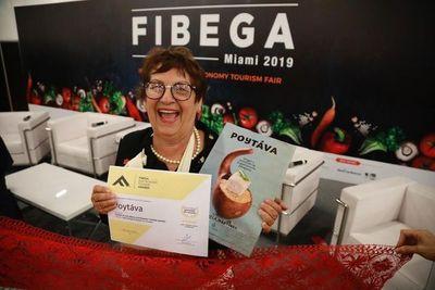 Condecoran a ganadora de premio internacional gastronómico
