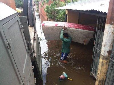 El río Paraguay sigue bajando