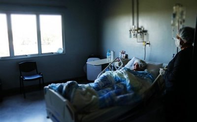 Alta médica a 11ª trasplantada de médula ósea en Clínicas