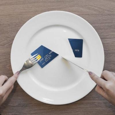 Locales gastronómicos se exponen a sanciones si no aceptan pago con tarjetas de crédito
