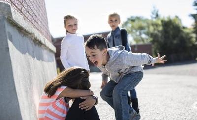 HOY / Ñemby: MEC interviene tras bullying fatal y reprocha a padres por fácil acceso a redes