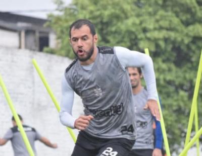 HOY / El Zorro Bareiro adelanta su retiro del fútbol profesional