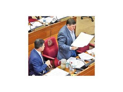 Blas Llano es el elegido por su bloque para ir por la presidencia del Congreso