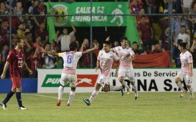 El jugador de Olimpia para San Lorenzo