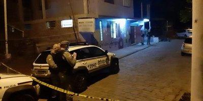 Asesinan a tiros a cinco personas en un bar de Brasil
