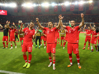 Turquía da el batacazo en Konya al vencer a Francia