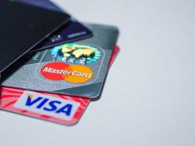 Sedeco abrirá sumario a locales que rechazaron tarjetas de crédito