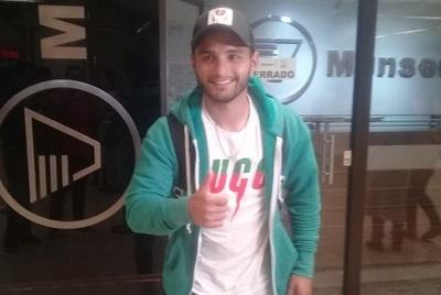Josué Colmán dice que no dudó en volver a Cerro
