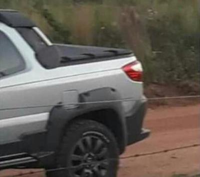 De terror: malvivientes llevan camioneta, efectivo y joyas durante violento atraco