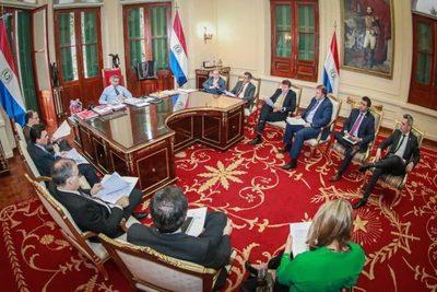 Ejecutivo presenta plan de inversiones por US$ 1.500 millones
