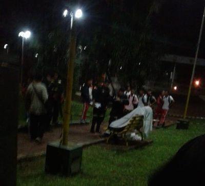 Hallan muerto a un hombre frente a Municipalidad de Presidente Franco