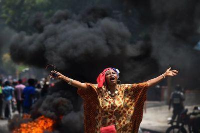 Muertos y heridos en marcha por la renuncia del presidente de Haití
