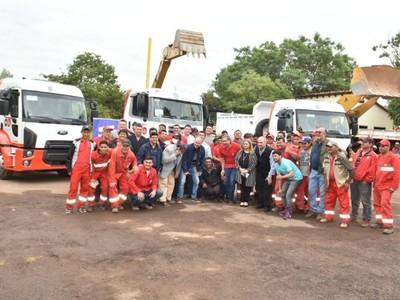 Nuevos camiones para reparar calles